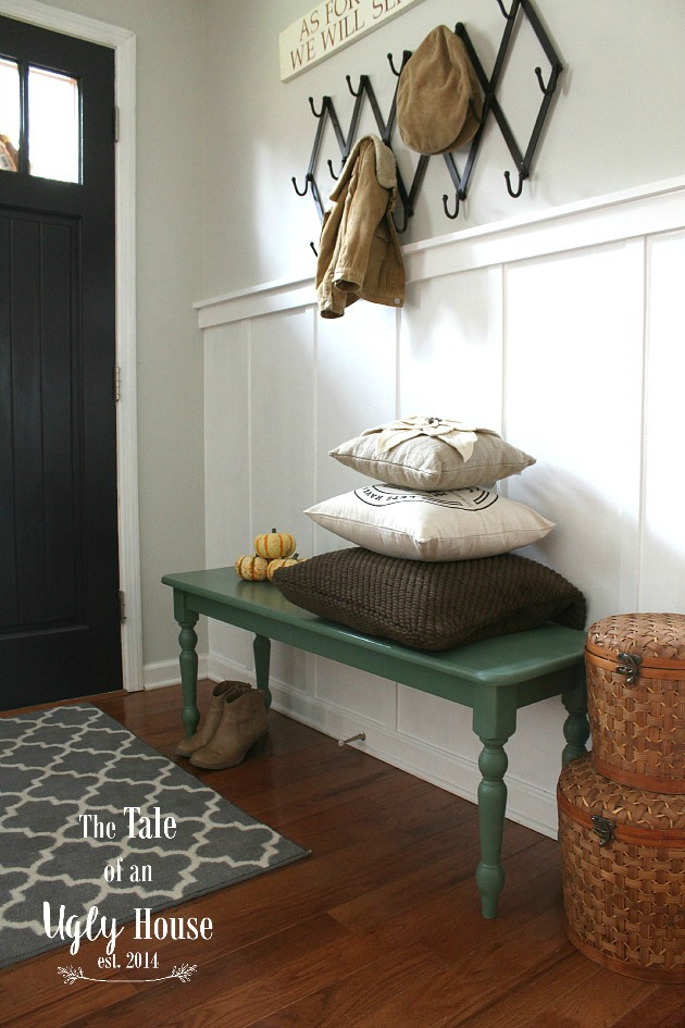 Entry Way Bench Makeover