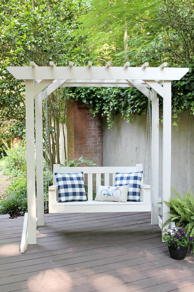 Porch Swing & Pergola