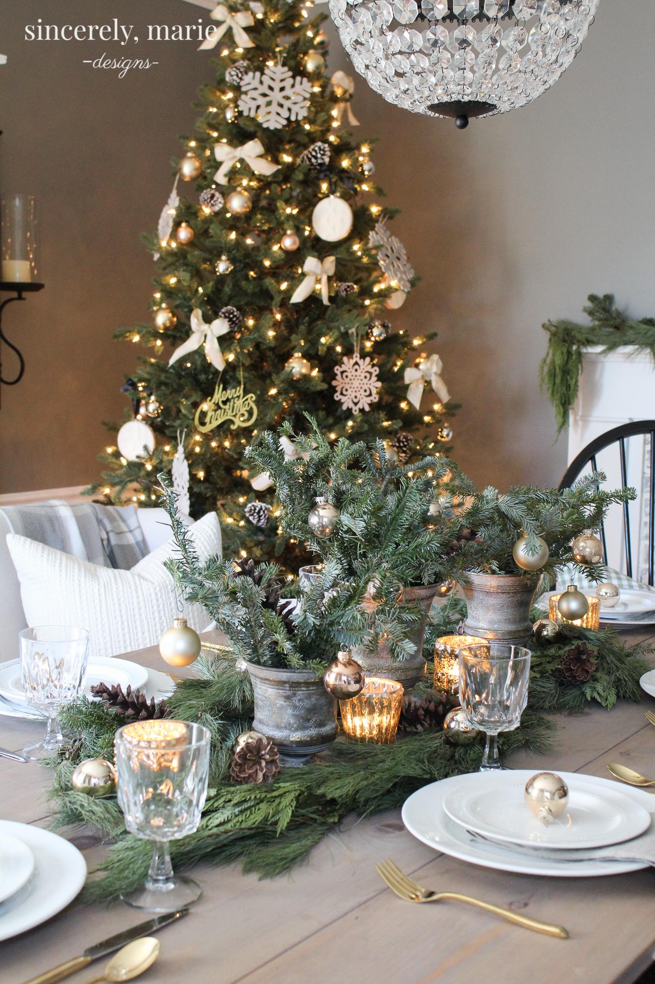 An Elegant Christmas Tablescape