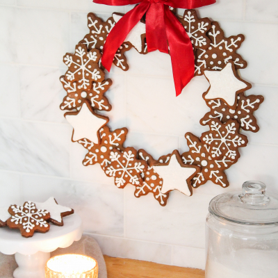 Christmas Gingerbread Cookie Wreath