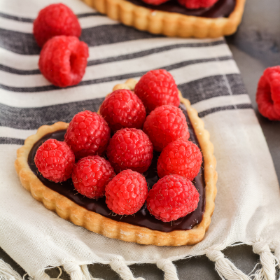 Mini French Tart Hearts – Our Favorite Chocolate Tart Recipe