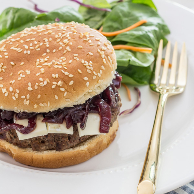 Burgers with Brie & Homemade Onion Jam