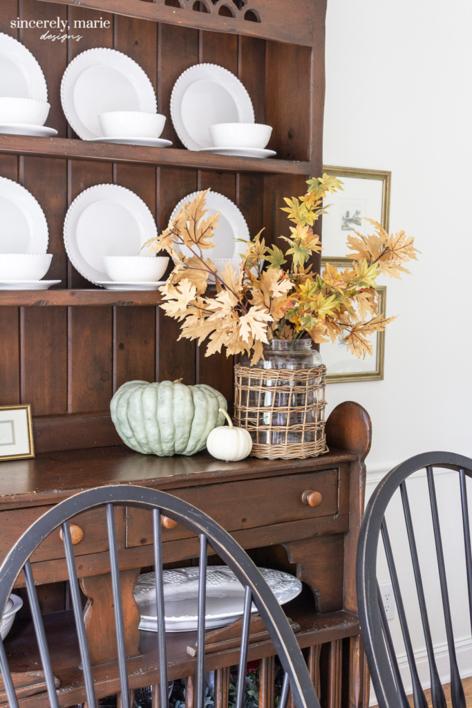 A Simple Fall Hutch