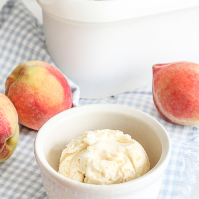 Homemade Creamy Peach Ice Cream