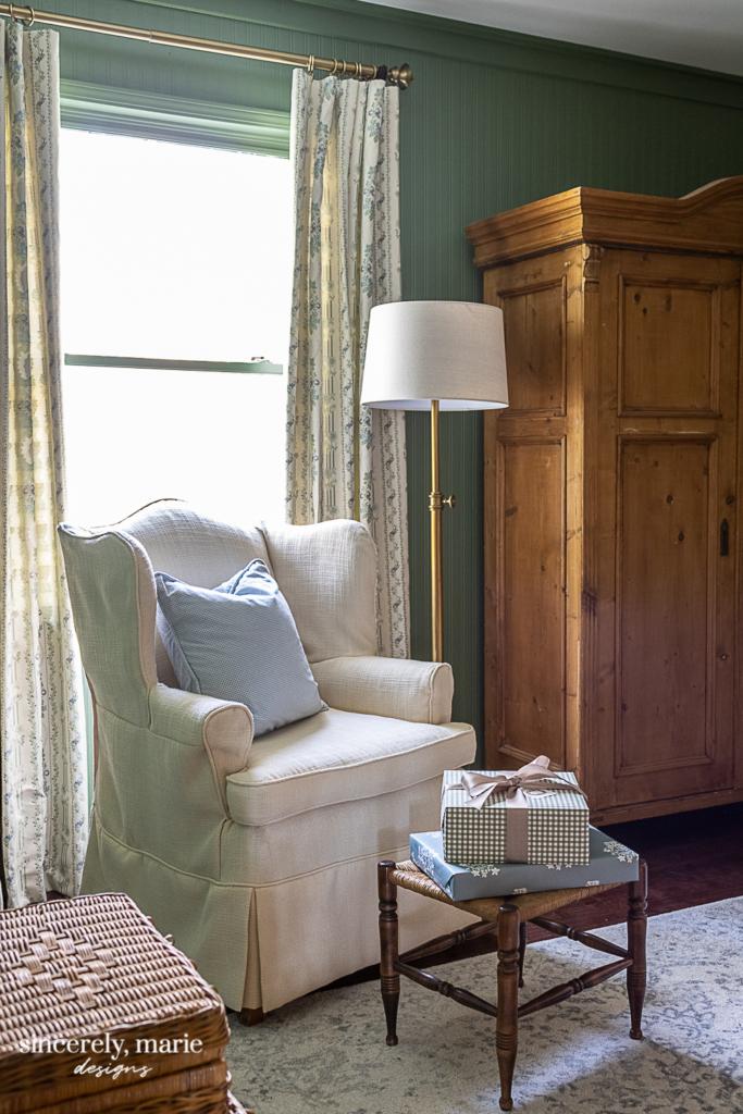 Cozy English Bedroom